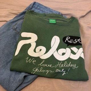 抹茶綠短袖relax字母T