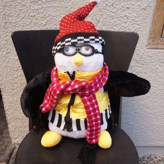 Hugsy from FRIENDS, Joey Tribbiani, Plush Boneka Penguin Stuffed Doll