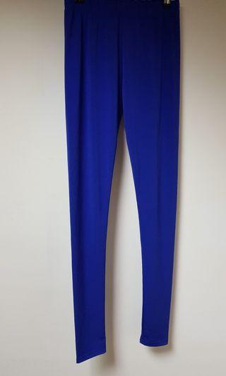 寶藍色彈性內搭褲