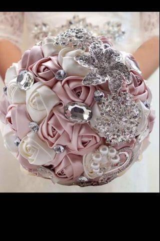RENTAL: Hand Bouquet