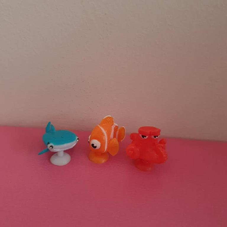 3x New Finding Dory character squishy pop / stickeez