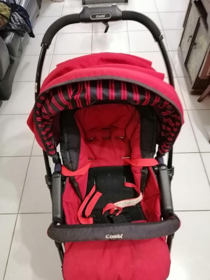 COMBI Handy AUTO 4CS雙向嬰兒手推車