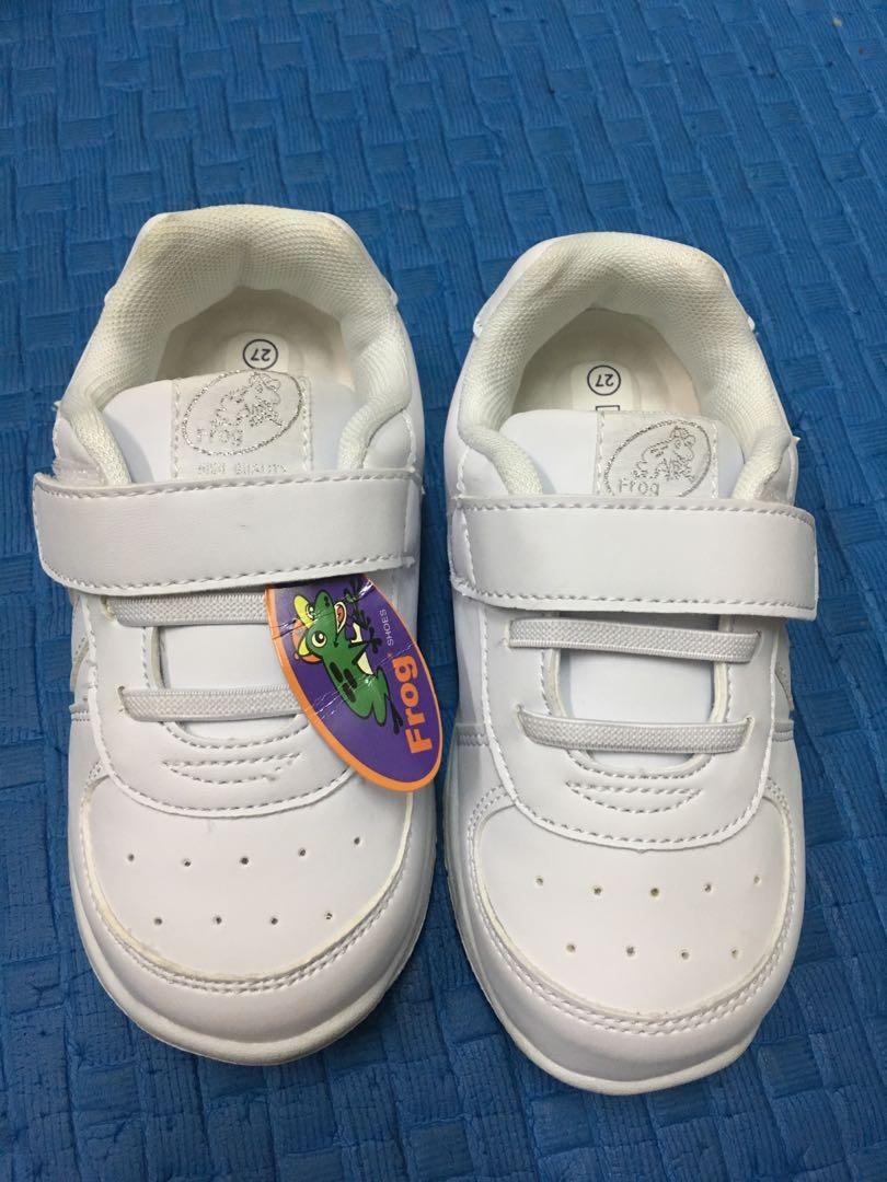 Frog shoes size 27