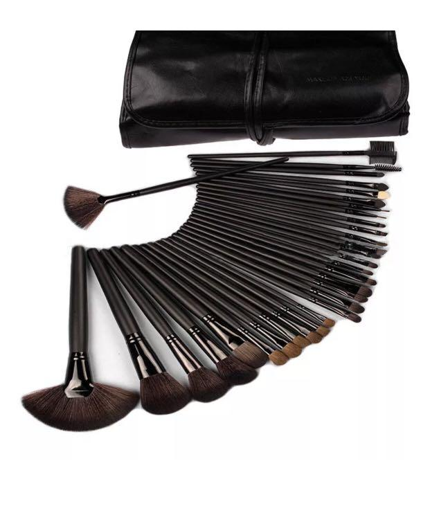 NEW Professional Makeup Brush Kit Set 32Pc Cosmetic Make Up Beauty Brushes Black
