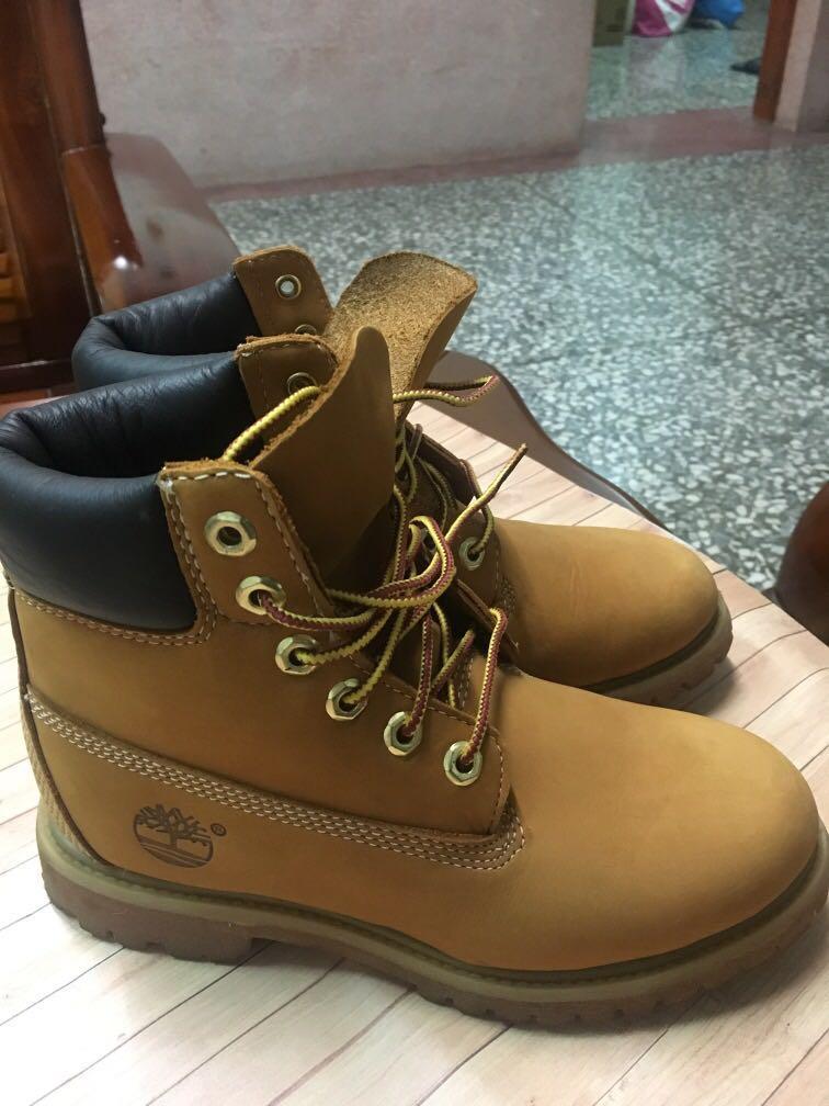 Timberland 黃靴