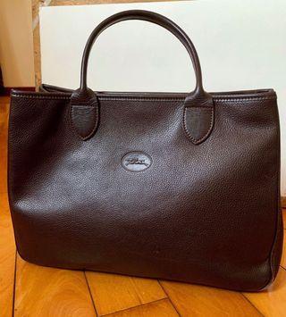 98成新🇫🇷法國品牌🇫🇷 LONGCHAMP 深棕色小牛皮皮革手提托特包/公事包