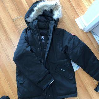 Canada goose boys Logan size L down jacket