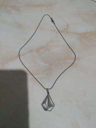 Kalung volcom stone stainless steel handmade anti karat