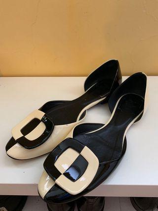 正品Roger Vivier 黑白平底鞋
