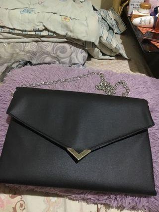 Sling Bag  Envelope black and silver. All new. With freongkir jabodetabek