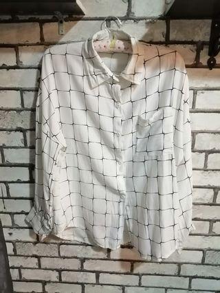 Checkered Blouse White n Black💕