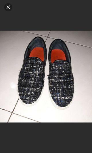 Sepatu Staccato Slip on