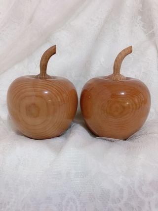 檜木蘋果 裝飾品 藝術品  2顆一組