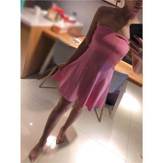 粉色桃心♥️平口A字型洋裝