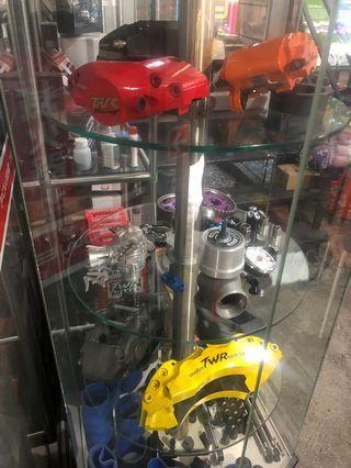 『TWR煞車制動系統』(鍛造四活塞卡鉗、鍛造六活塞卡鉗、碟盤)