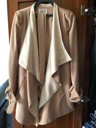 駝色翻領風衣罩衫(附綁帶)