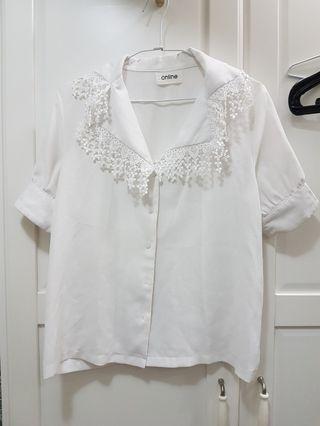 白色布蕾絲雪紡上衣