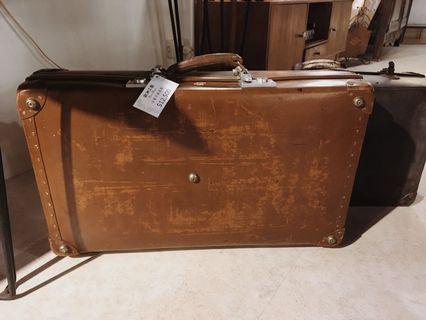 歐洲藝文 古董收藏 英國製牛皮手提旅遊箱