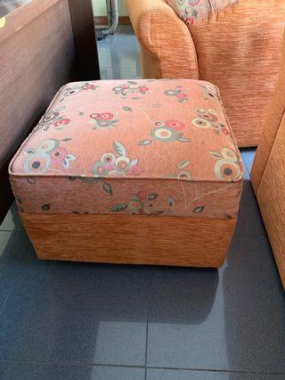 Sofa, sofa kaki, sofa sudut orange