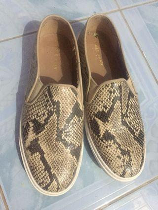 Slip on snake skin look alike