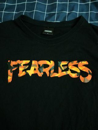FEARLESS黑t (橘迷彩字體)
