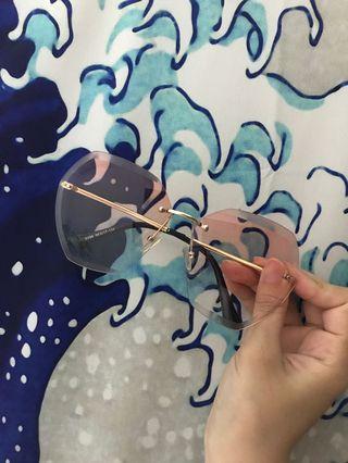降!!!韓系粉色變色眼鏡 附墨鏡盒!😎😎