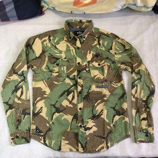 10.DEEP camouflage buttoned down shirt