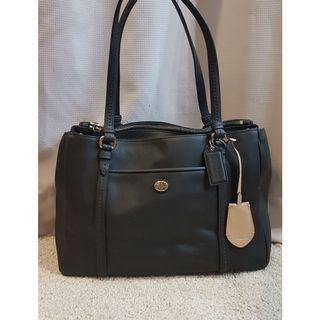 *SALE* Coach Peyton Leather bag