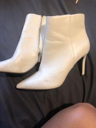 Forever 21 boots size 7