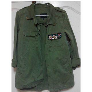 韓系軍裝挺版綠色外套 限時特價