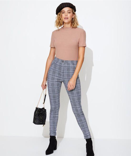 Black and white pattern checkered pants from Sportgirl