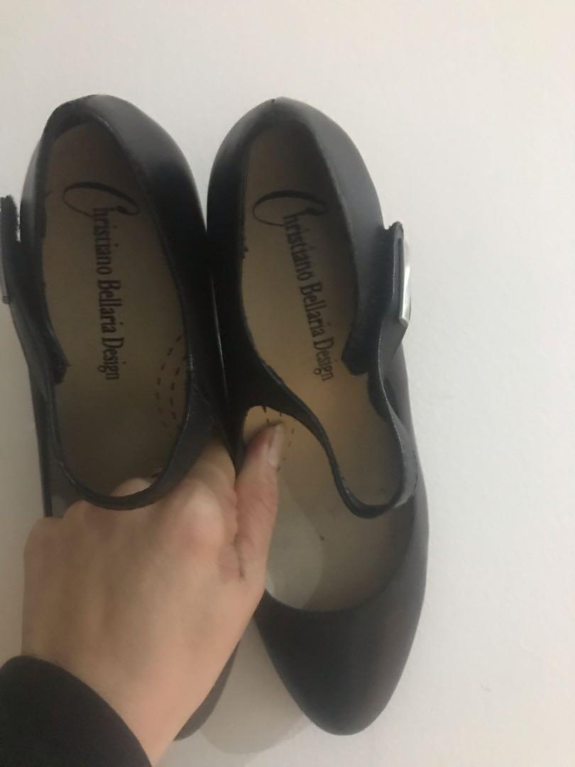Brand new Zada Christiano Bellaria Black leather stable heels size 37