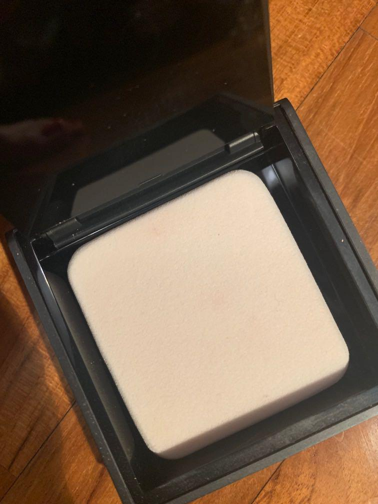 Burberry cashmere foundation compact #10