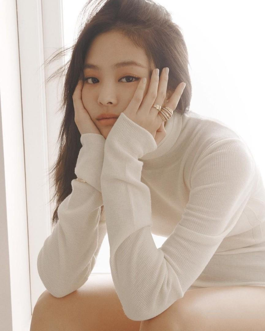 [FREE POSTAGE] ELLE October's Issue Magazine - Blackpink Jennie
