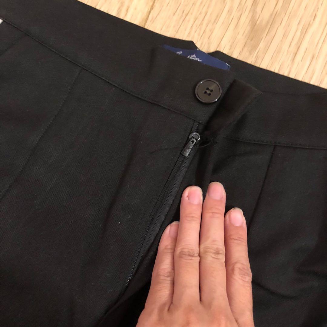 轉賣正韓lagirl黑色側邊白色線條運動風格休閒長褲