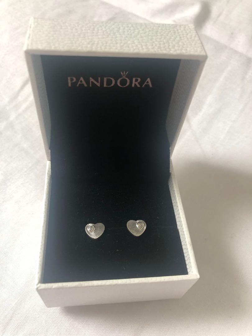PANDORA HEART STUD EARRINGS