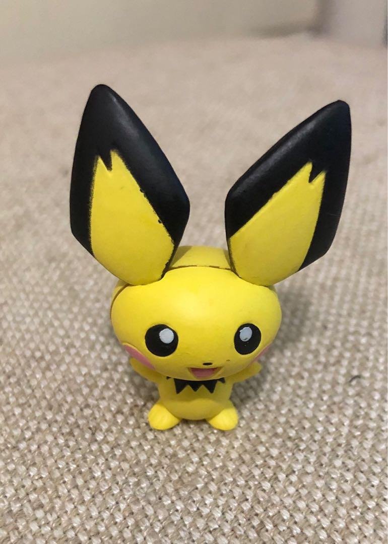 Brand New! Authentic Yujin Rare! Pichu  Bobble Head Figure