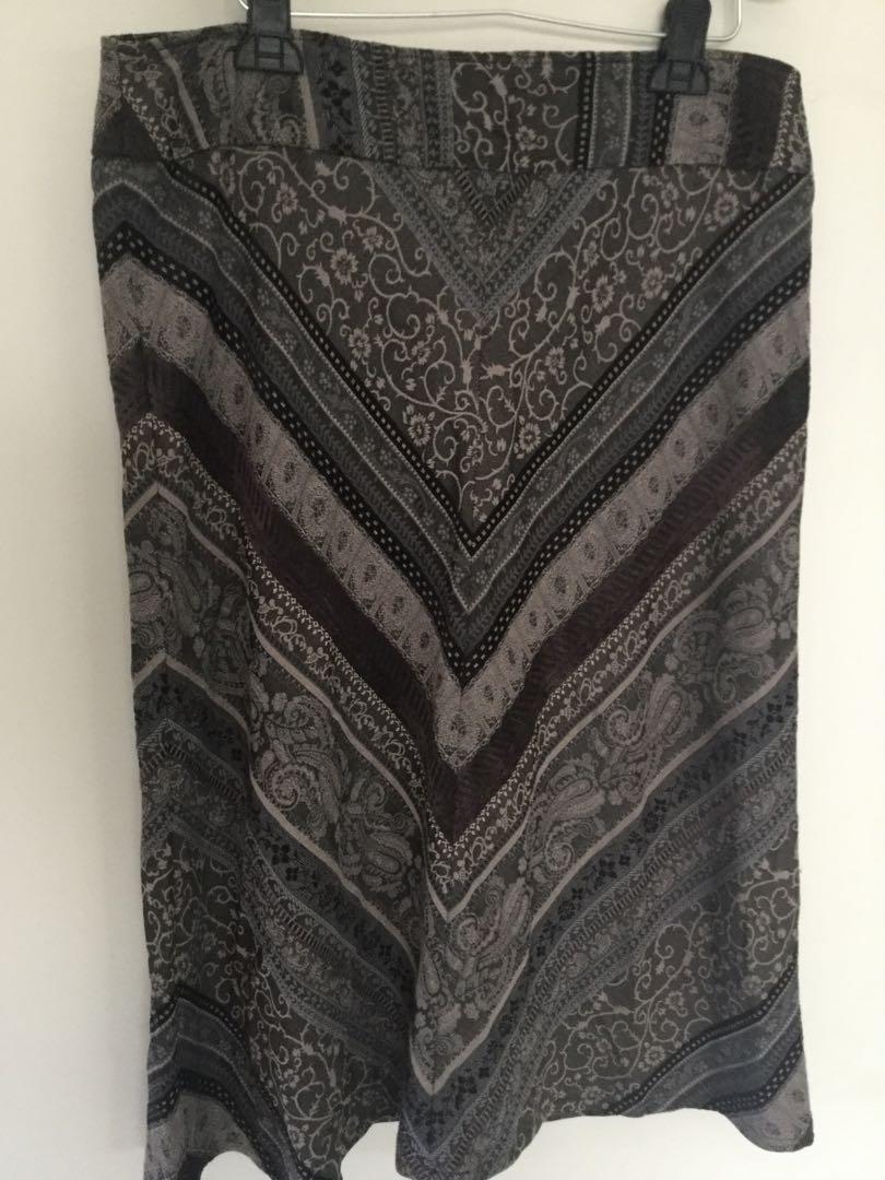Simone Turpin Designer Size 16 Skirt Made In Australia