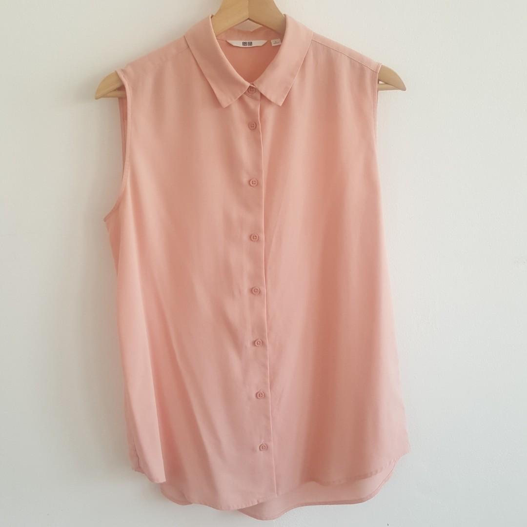 Uniqlo Sleeveless Peach Top