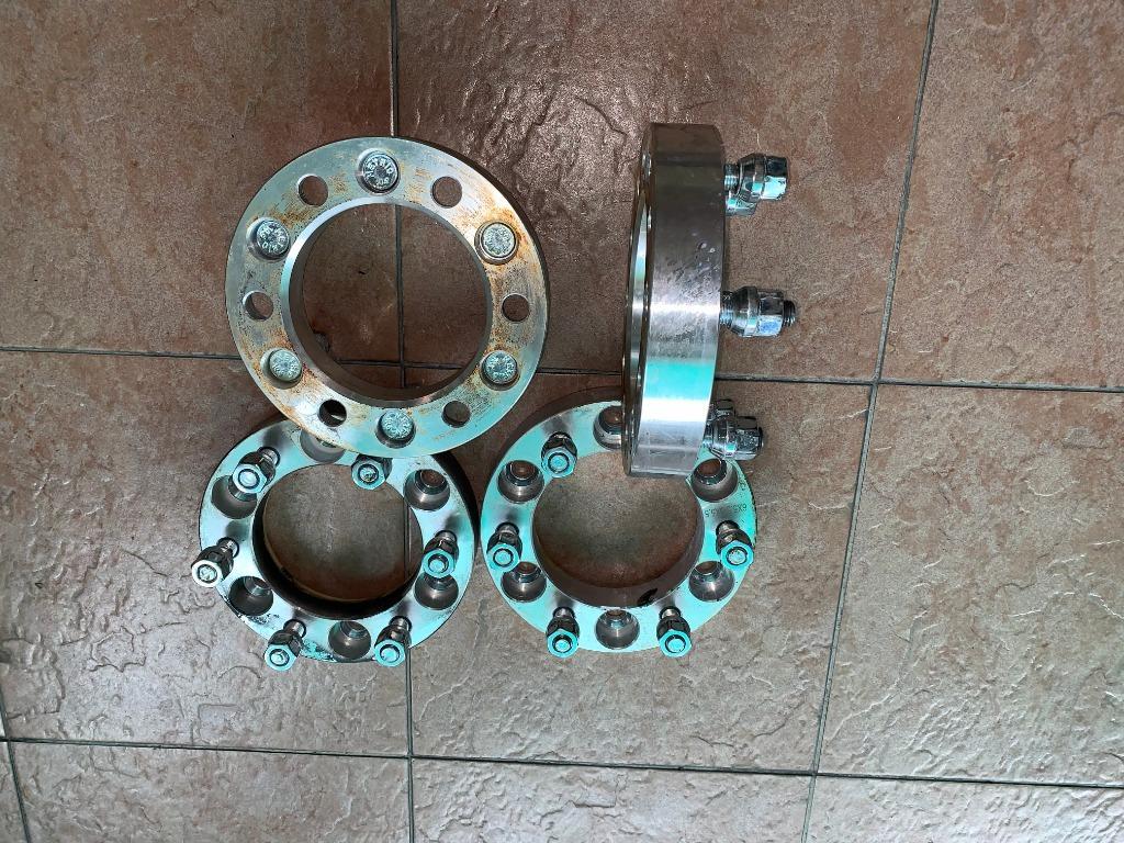 Wheel spacer  30mm .