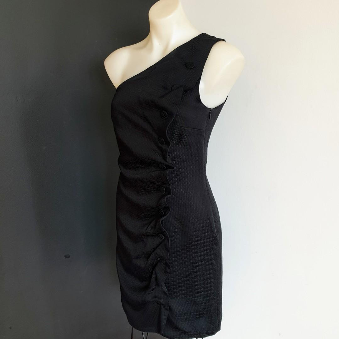 Women's size S 'EMPORIO ARMANI' Stunning little black designer dress- AS NEW