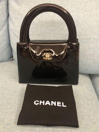 🗯加速出清 降售 Chanel 黑色 漆皮 金logo 手提包 手拿包