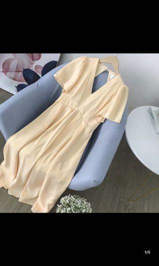 全新M洋裝