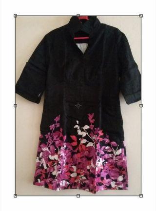 Black & violet flowers Mididress