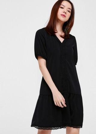 Raleigh Crochet Hem Dress (Light Grey)