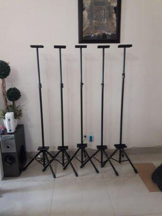 Banner/Bunting Tripod Stand with Adjustable Double Sided Clip