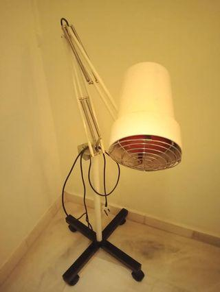 Far infrared lamp