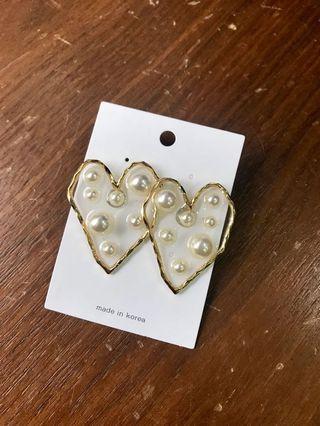 韓國製 珍珠愛心耳環 楊丞琳配戴款
