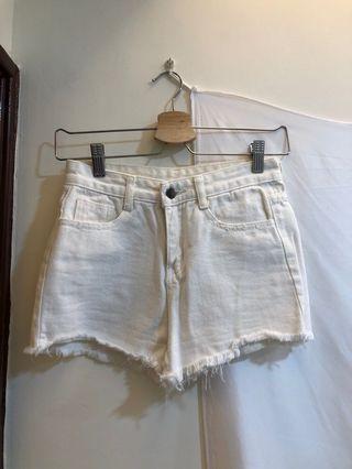 白S 牛仔短褲