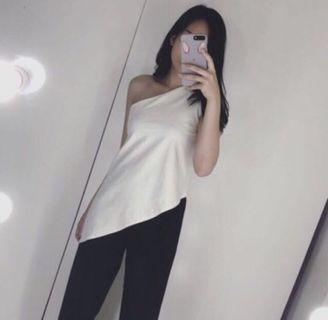 baju one shoulder putih mclothing